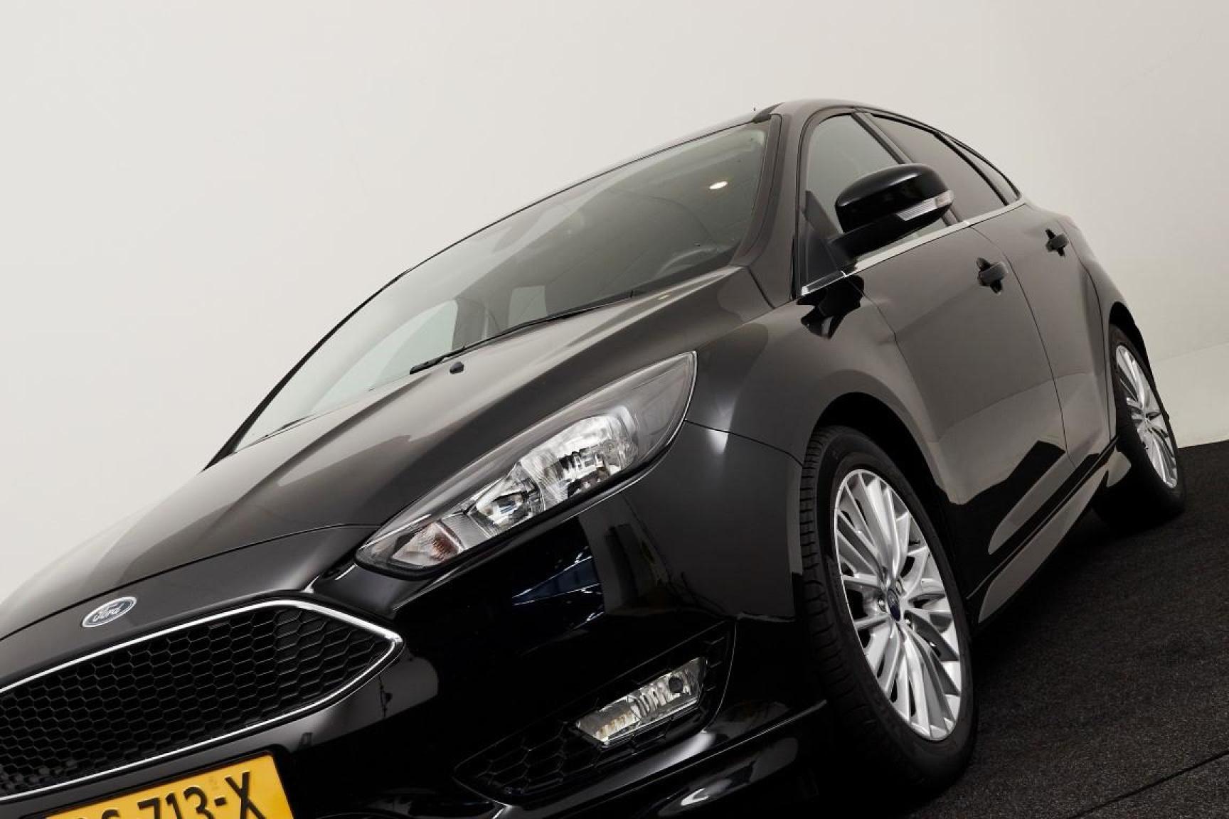 Ford-Focus-29