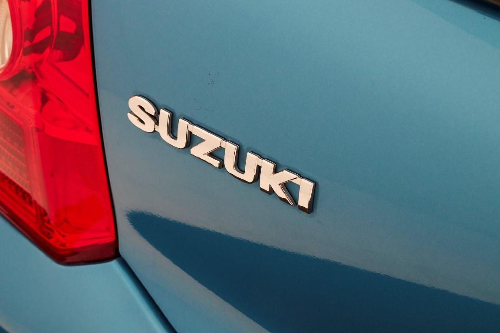 Suzuki-Alto-23