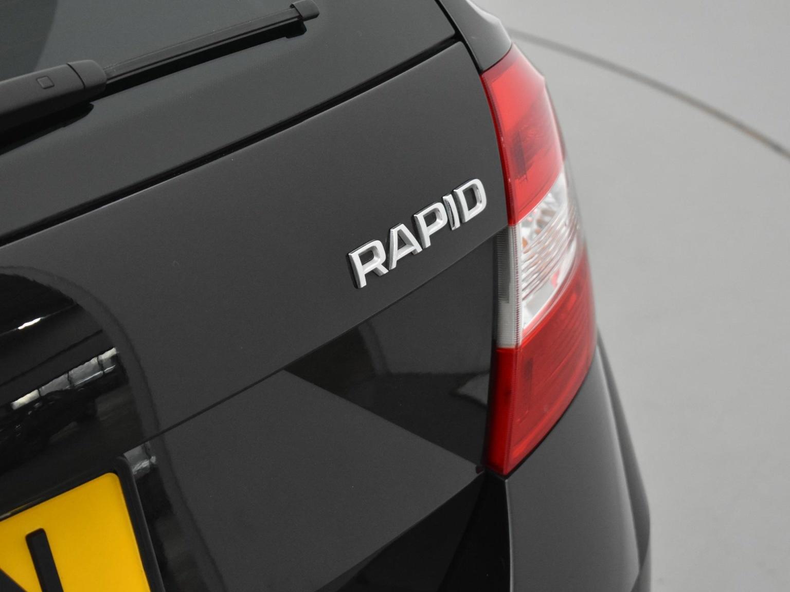 Škoda-Rapid-21