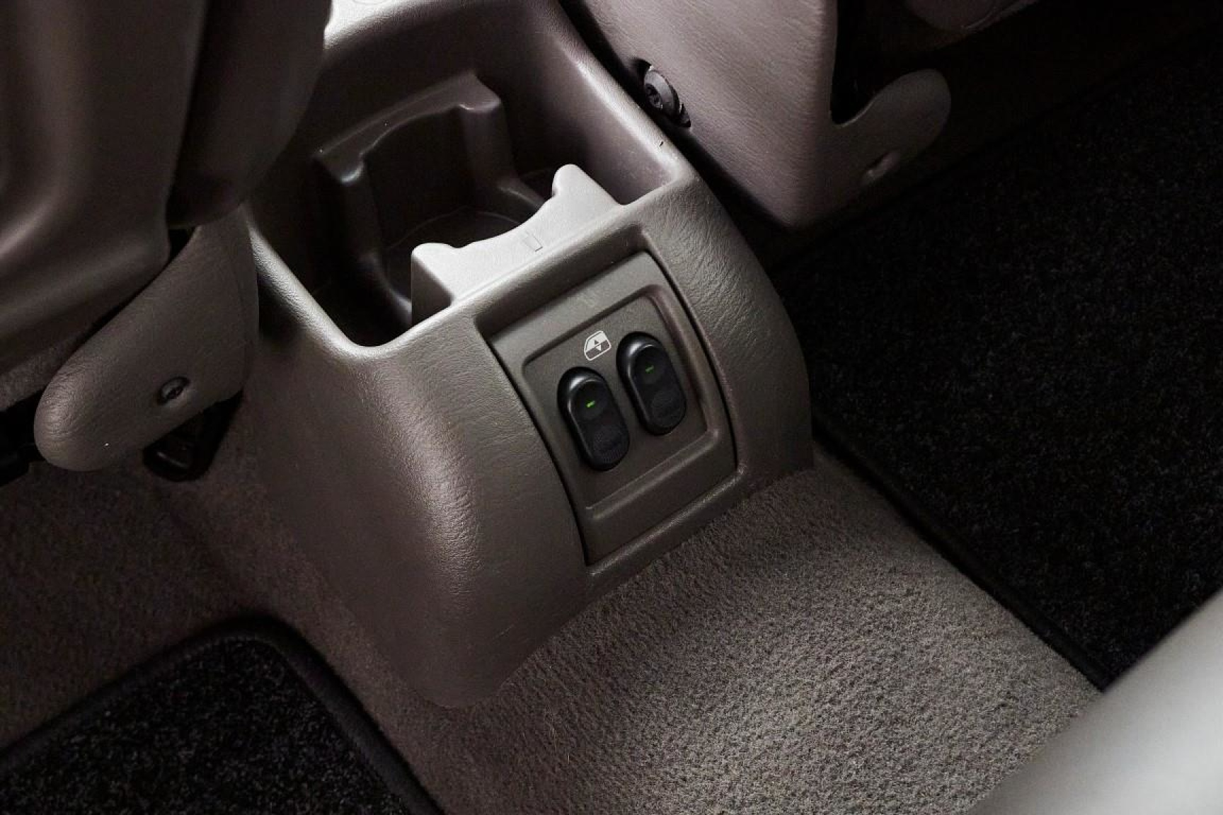 Chrysler-PT Cruiser-11